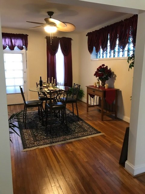 Tower Grove Park homes example of dining room before staging